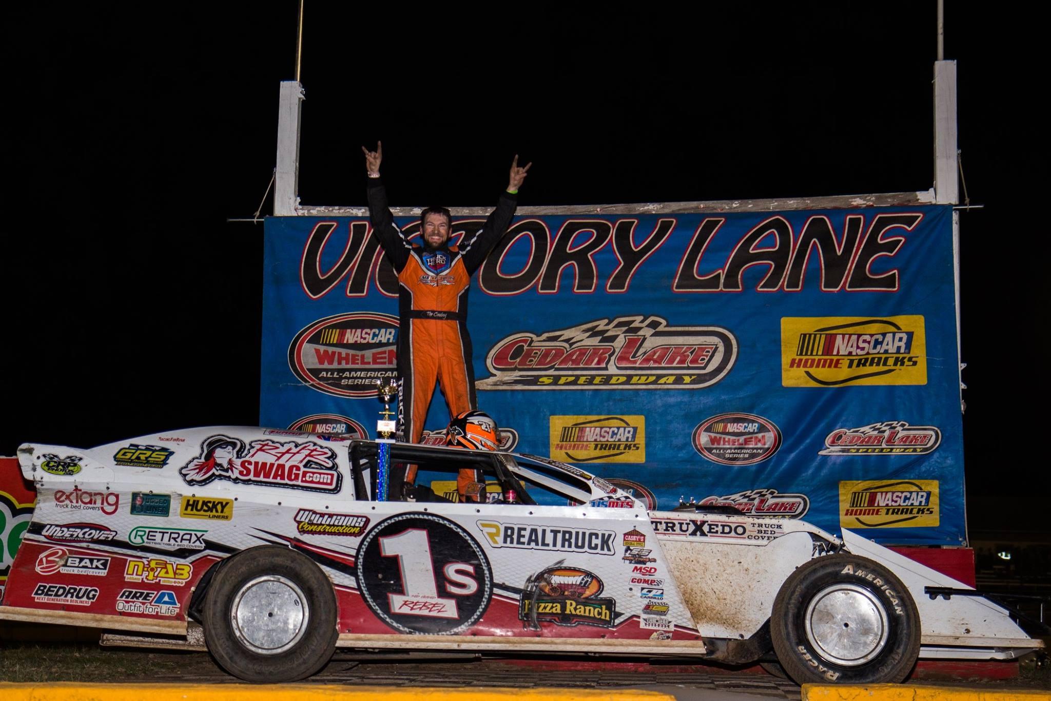 Travis Saurer in Victory Lane